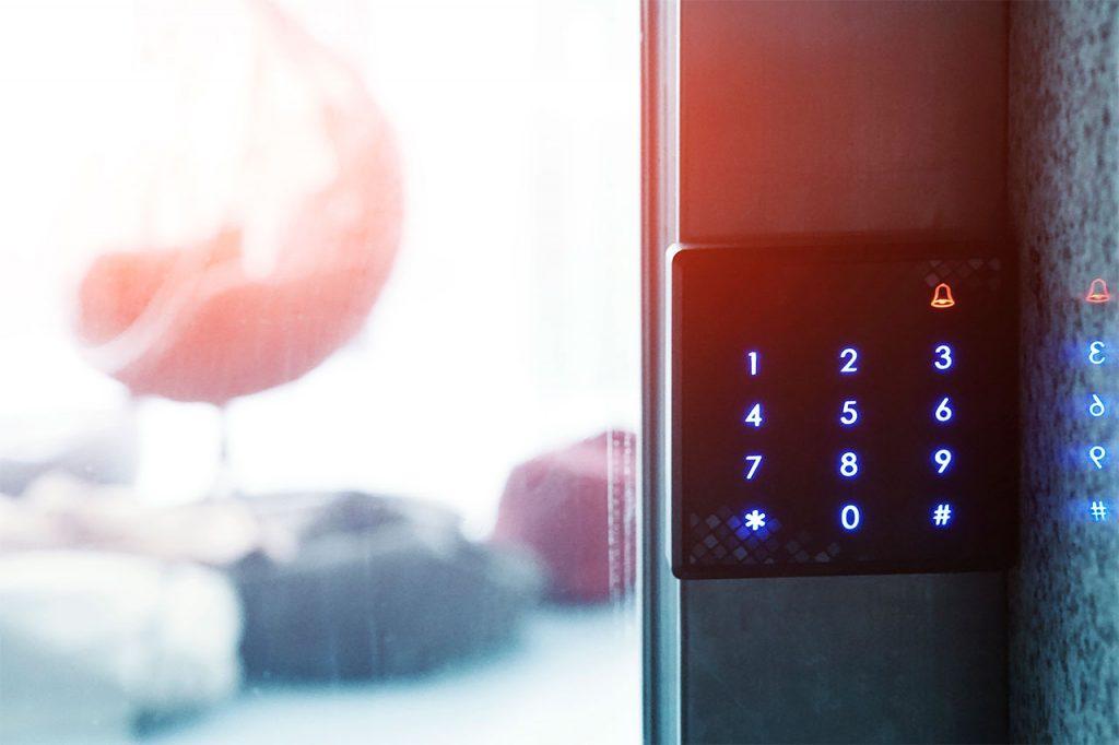 Охрана квартиры - установка охранной сигнализации в Санкт-Петербурге - предприятие